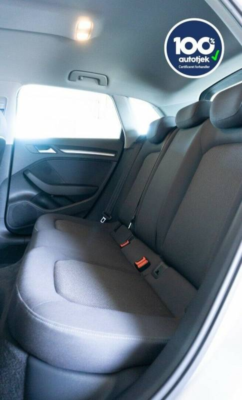A3 1,4 e-tron Sport Sportback S-tr. 5d, Hvid